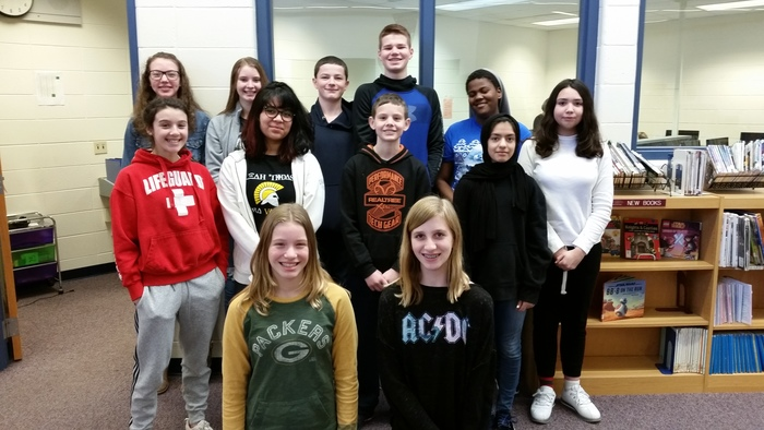 7th Grade Computer Students that worked on the game/review